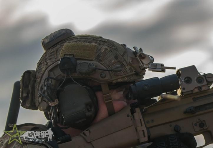 Night-Evo MPLS 2 代队友识别头盔灯