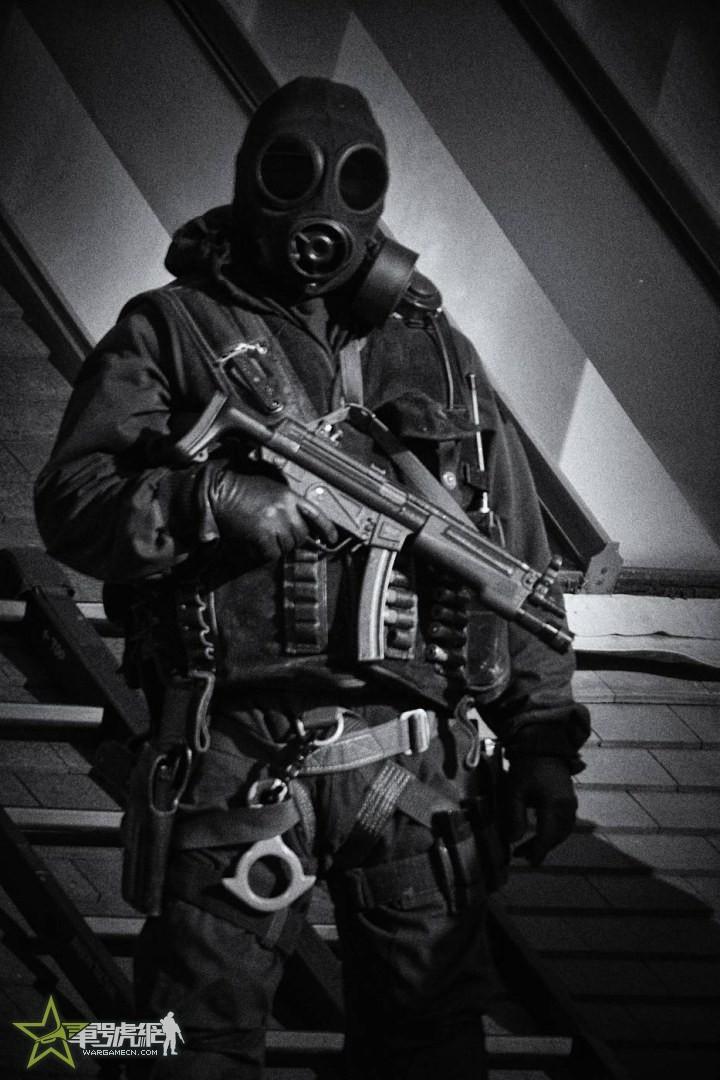 英军GSR防毒面具简评