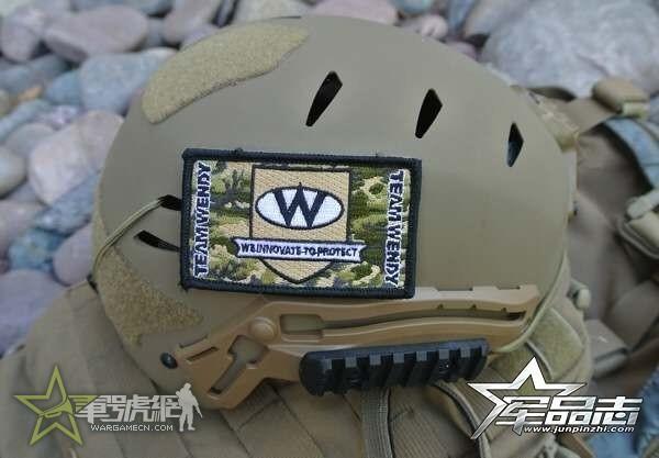 特战大佬新宠:EXFIL碳纤维战术头盔