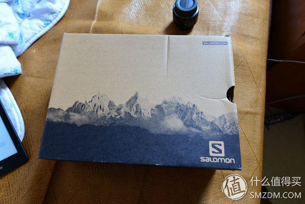 滑雪起家的萨洛蒙,所有鞋盒上面都是雪山
