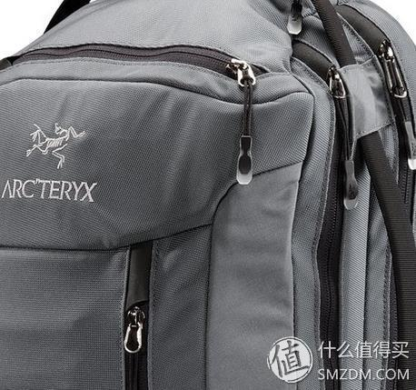 两年崭新依旧:Arc'teryx 始祖鸟 Blade 24L Backpack 舒适户外电脑包