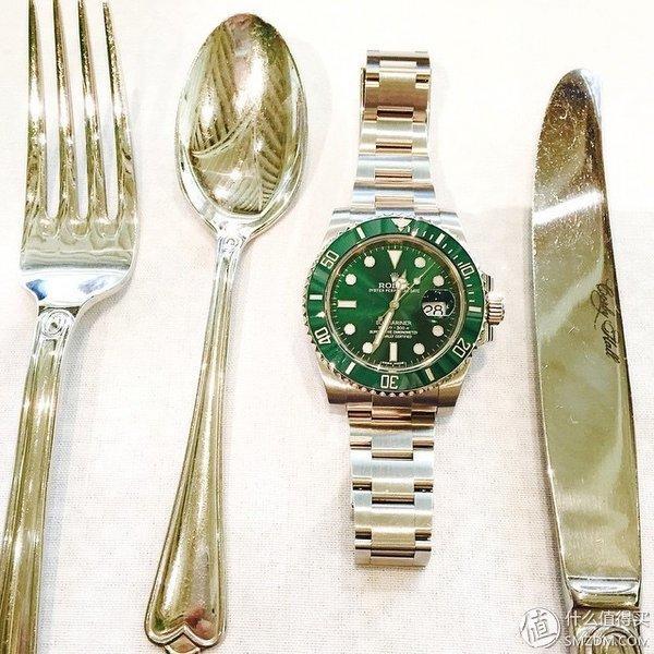 那一抹目眩神迷的绿:ROLEX 劳力士 绿水鬼 116610LV 机械腕表