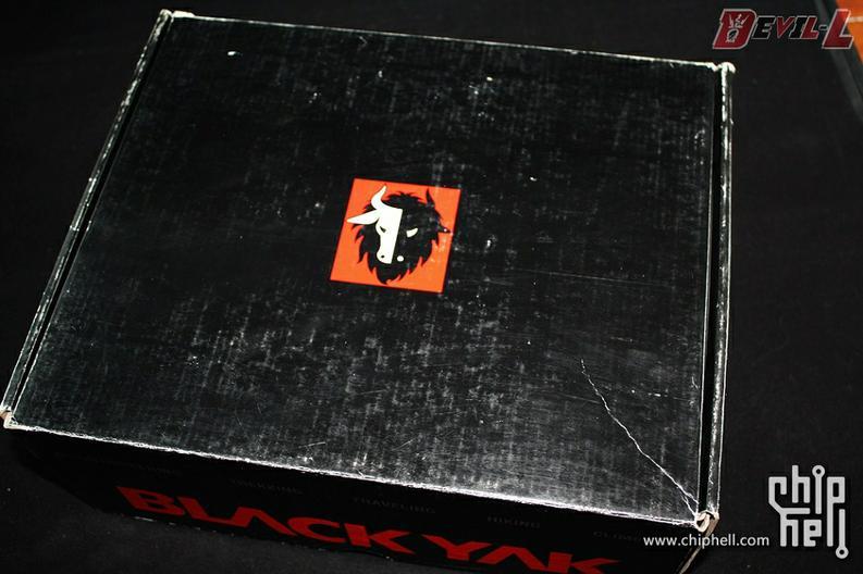 送老爷子的父亲节礼物 BLACK YAK登山鞋