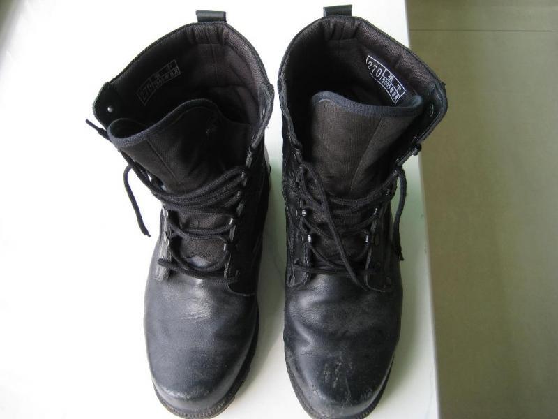解剖福中07作战靴并测试阻燃防穿刺功能