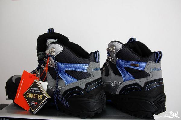 开在脚上的蓝菊Lafuma ASTER LE7A0F203登山鞋体验