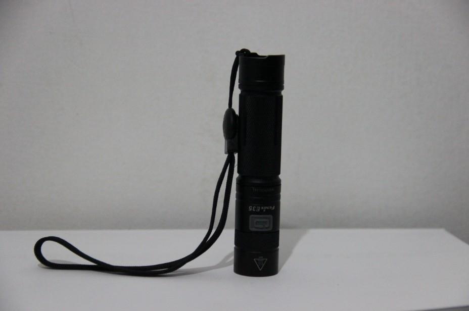 菲尼克斯 Fenix E35 强光远射 户外战术手电筒 测评报告