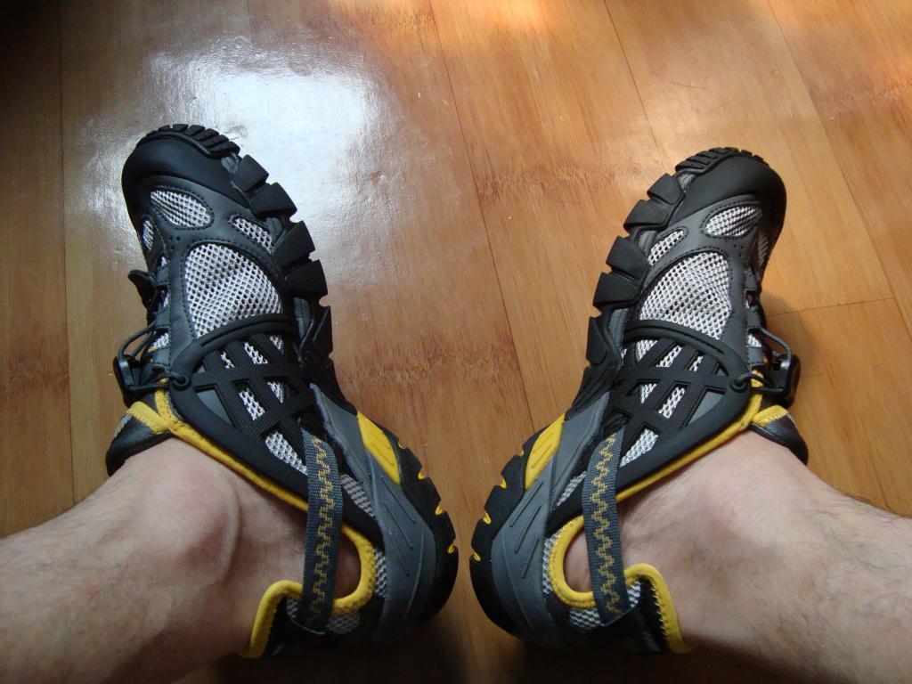 CLORTS/洛弛 05C速干透气男女款户外溯溪鞋涉水鞋 测评报告