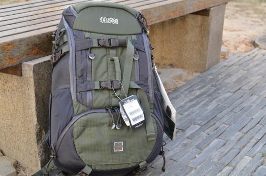 科隆/可隆 KolonSport 双肩摄影包 KEPX09631 测评报告