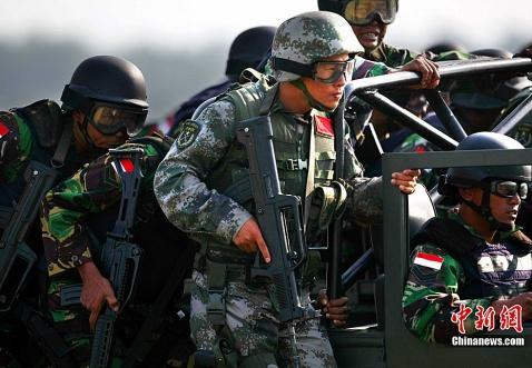中国制造:单兵装具供货商采访录