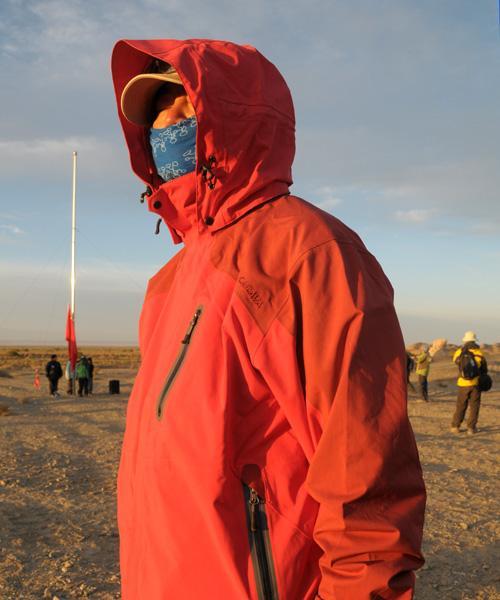 关于CARAVA 男款冲锋衣的测评报告更新版
