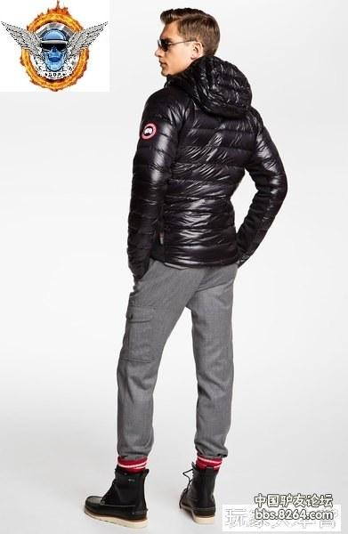 Canada Goose HyBridge Lite Hooded.jpeg