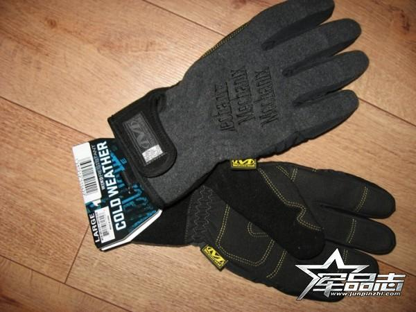 保暖与灵活兼备!Mechanix Wind Resistant 防寒手套