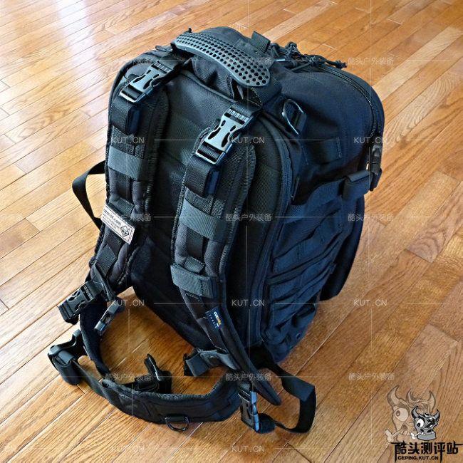 危机4 Patrol Pack™ DayPack巡逻背包战术双肩包用户体验