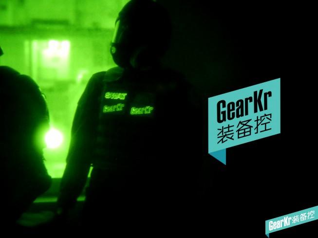 逼格与功能性兼得–GearKr定制IR&夜光双功能战术章简测