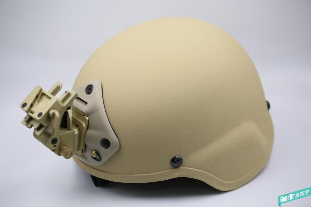 #晒装备# MSA MICH TC2000 凯夫拉防弹头盔 和 NOROTOS 三孔墨鱼干 翻斗车