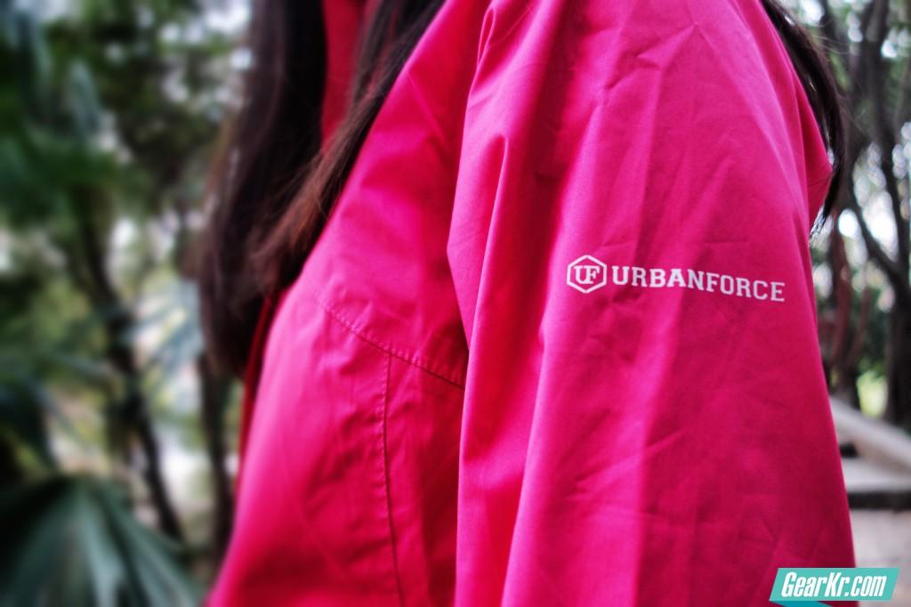 URBANFORCE WORK-2-PLAY女士机能防水防风外套测评