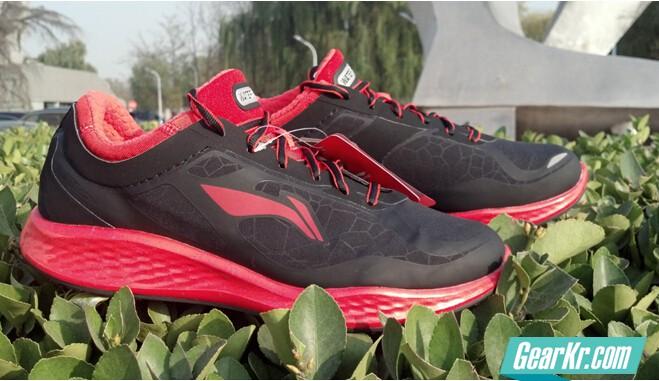 李宁2014新款ARHJ051-1减震跑鞋测评
