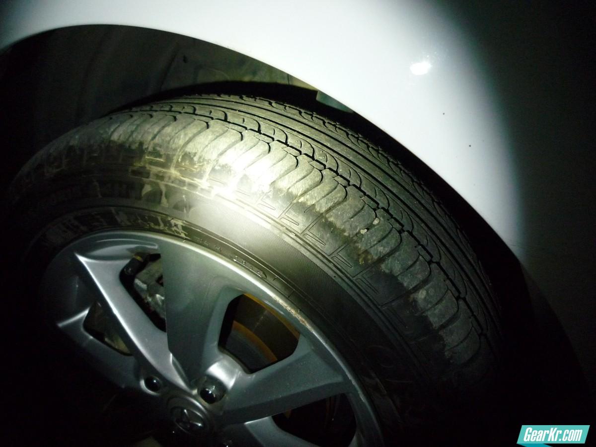 40流明夜间见车轮胎