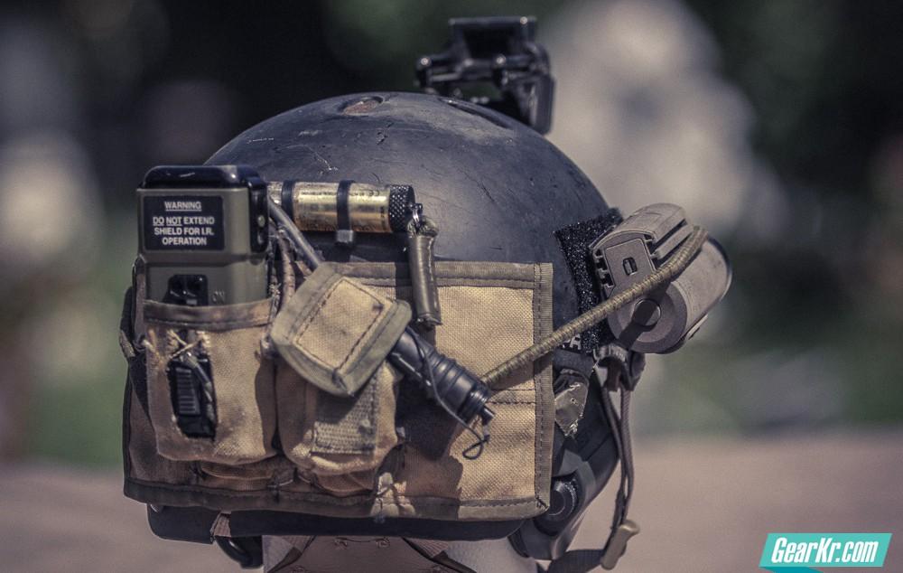 小身材大用途GLO-TOOB战术信号灯