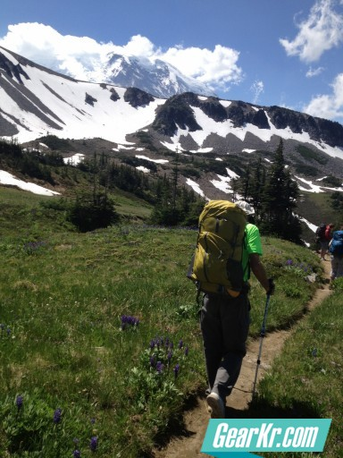 G4OUT.COM-02-Side-by-side-backpacking-pack-comparisons-with-a-REI-Flash-62-shown-here-in-Mt.-Rainier-National-Park