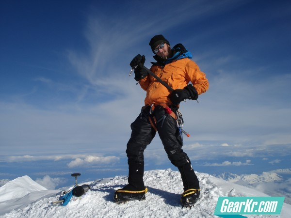 G4OUT.COM-10-Brad-Miller-jamming-out-in-the-Patagonia-Super-Pluma-on-top-of-Mt.-McKinley-Denali-20320-ft.-Alaska