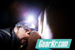 G4OUT.COM-02-Headlamp-can-be-useful-for-keeping-hands-free-while-treating-a-medical-issue