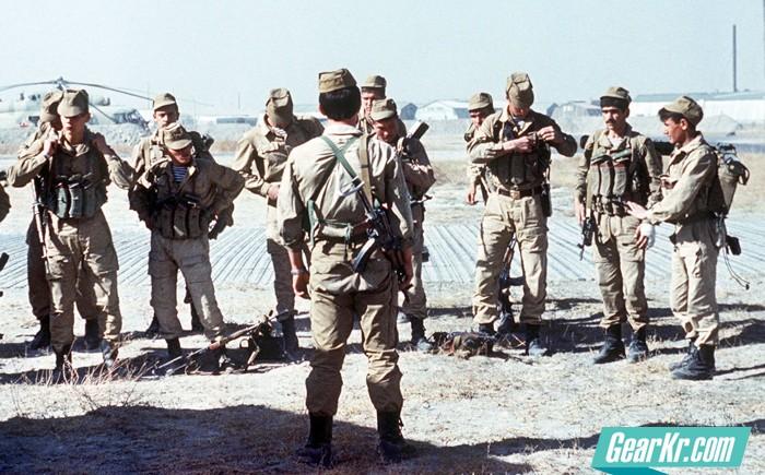 向спецназ告别——新时期俄军军事改革下的特种部队转型