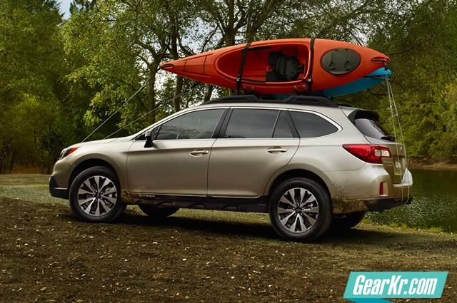 2015-subaru-outback-with-kayaks