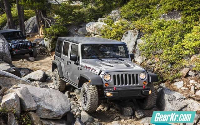 Jeep-Wrangler-Rubicon-10th-Annv-2013-010-1680