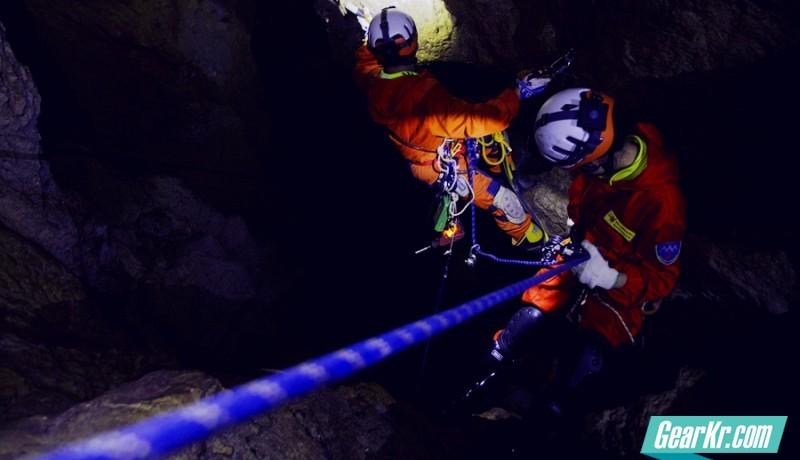 歌路途GT-LITHIUM信号灯洞穴探险之旅