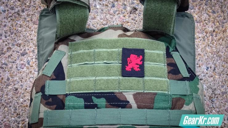 战术控的LBX战术快拉插板背心