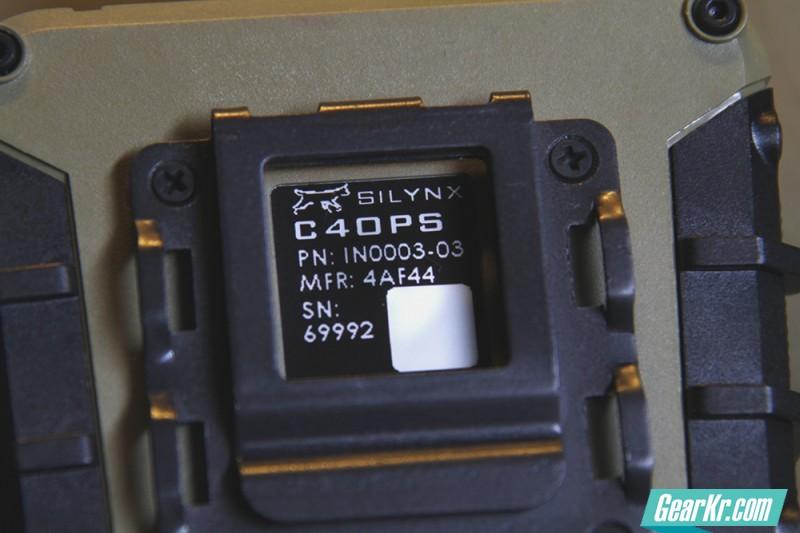 第二代主机背面标签
