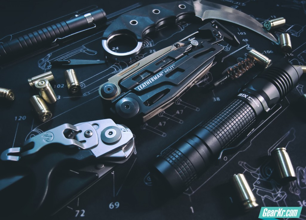EDC照明防卫新宠 — OLIGHT M1X Striker