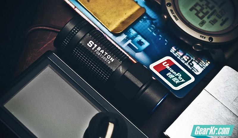 全球首测最小TIR透镜手电——Olight S1 评测
