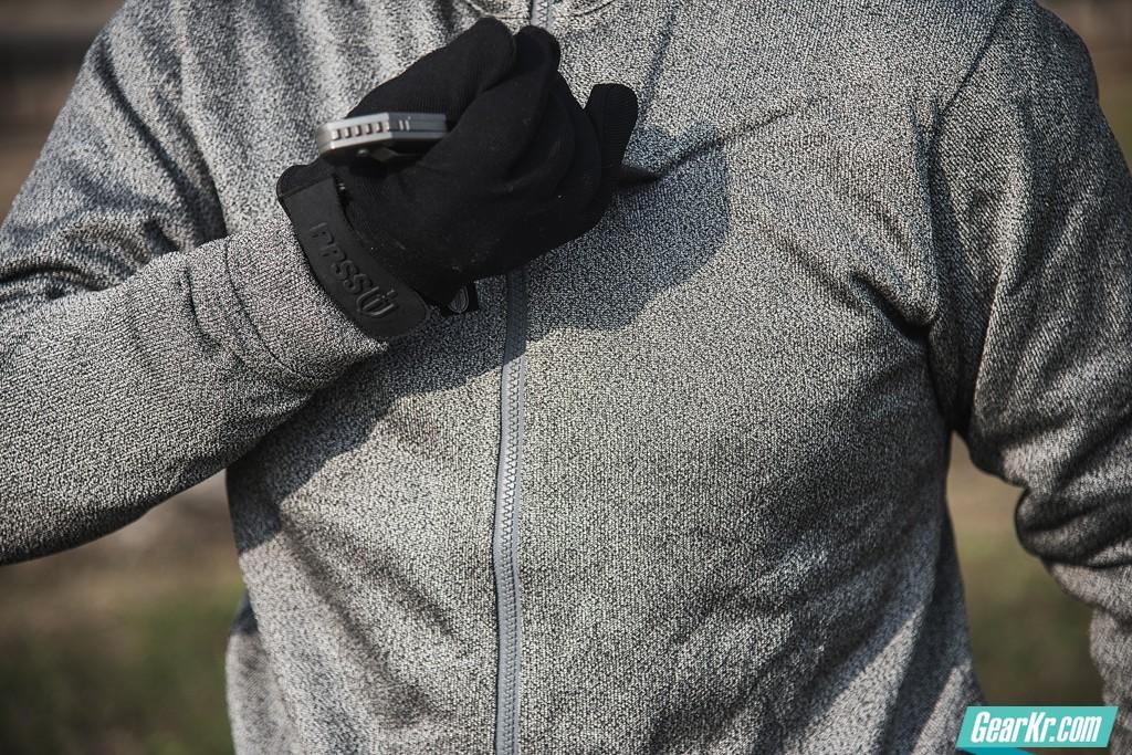 一线警员与医护人员的续命装备:英国PPSS软体防护衣与Ares防护手套