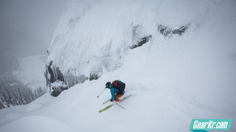 已测试: Arc'teryx 始祖鸟新山地用滑雪靴和雪崩用包
