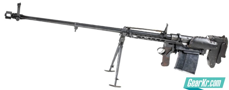 Probably the first ever mass-produced bullpup military issued weapon, the PzB M.SS.41 anti-tank rifle was manufactured in Czechoslovakia under Nazi occupation and used by German troops during World War II.1