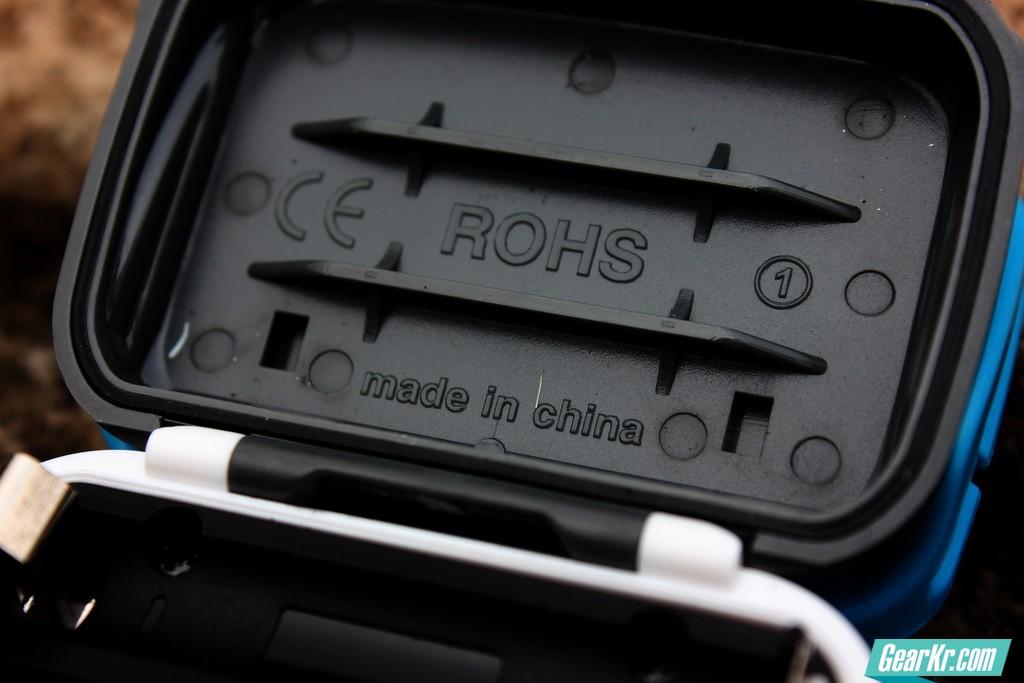 头灯电池盒3