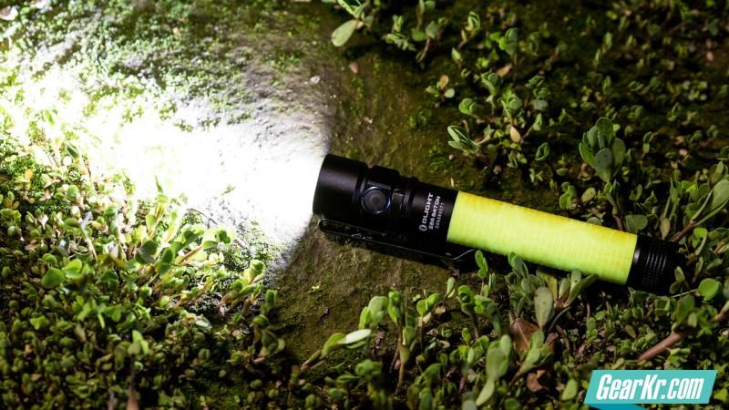 夜光精灵——Olight 欧莱特 S2A 2AA 手电筒