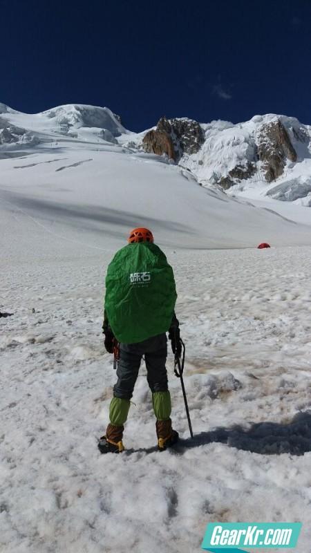 龙牙银离子轻量基础层内衣 海拔6168雀儿山攀登体验