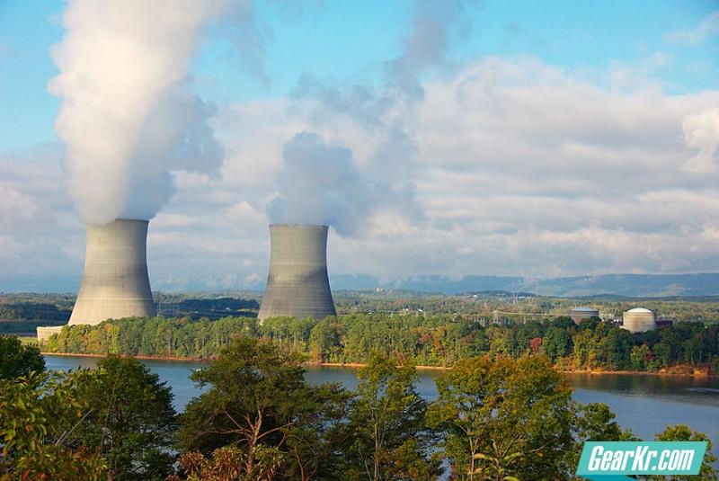 崩溃—-核电灾难对电网的影响