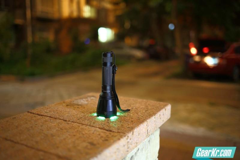 炫酷三色小远射FENIX新款TK32入手小评 夜射、曲线、小拆 多图慎入 LL0899出品