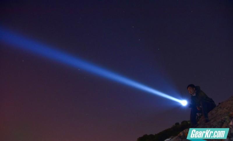 刺破黑夜——NITECORE TM16GT 使用评测