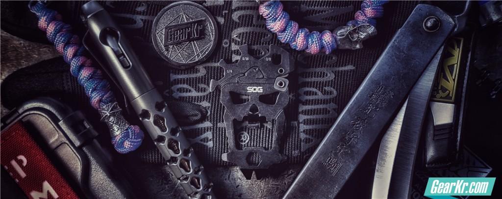 随身控都需要一个有逼格的钥匙扣——SOG索格骷髅头多功能组合小工具