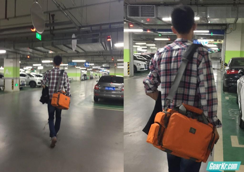 032某商场地库真人秀……本人身高188cm,这个尺寸的包包我背上感觉正正好^_^