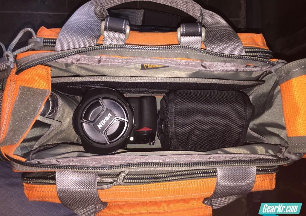 035一机两镜头,依然收纳无压力,不过这个重量就相当可观了