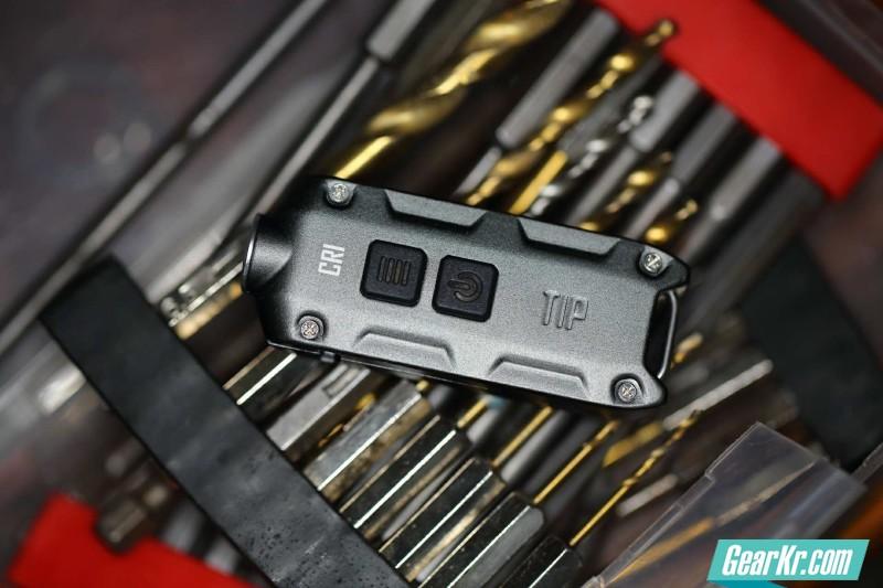 最亮钥匙灯NITECORE TIP高光通高显色对比评测附多图 LL0899出品