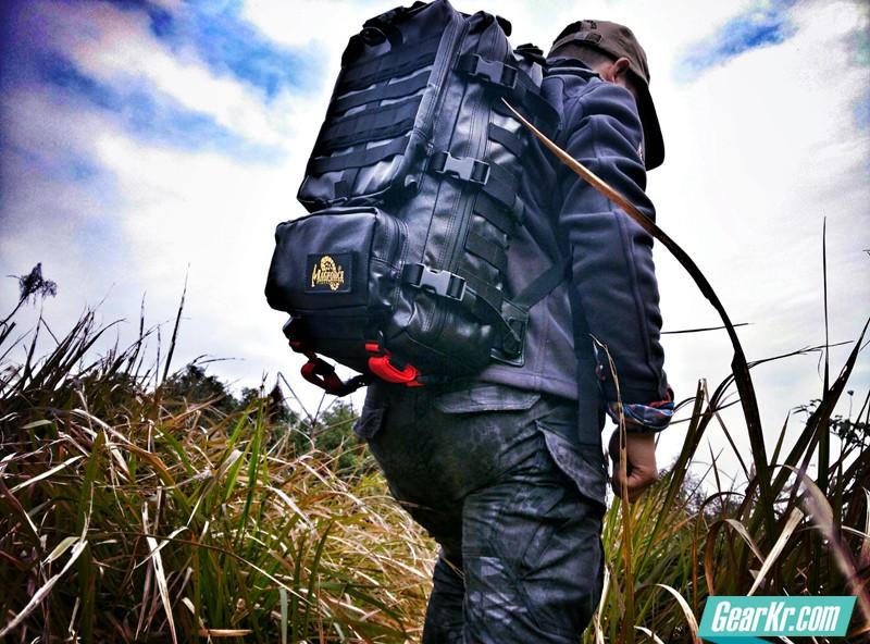 不仅是战术背包–MAGFORCE猎鹰黑胶背包测评