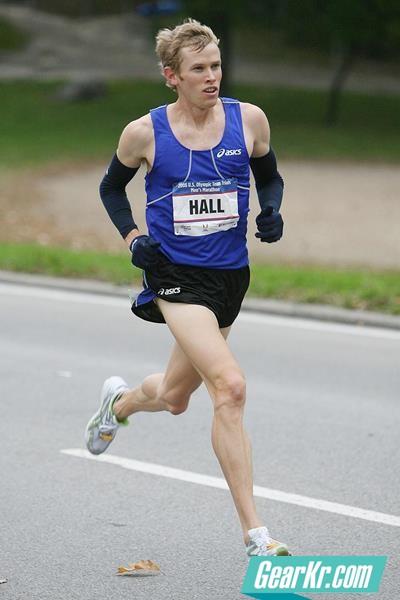"""美国半马名将Ryan Hall:""""做到以下重点,就可参加马拉松比赛了"""""""