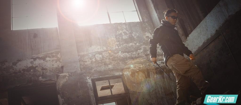 硬派毒物——弘安保罗战术机械特工甩棍评测
